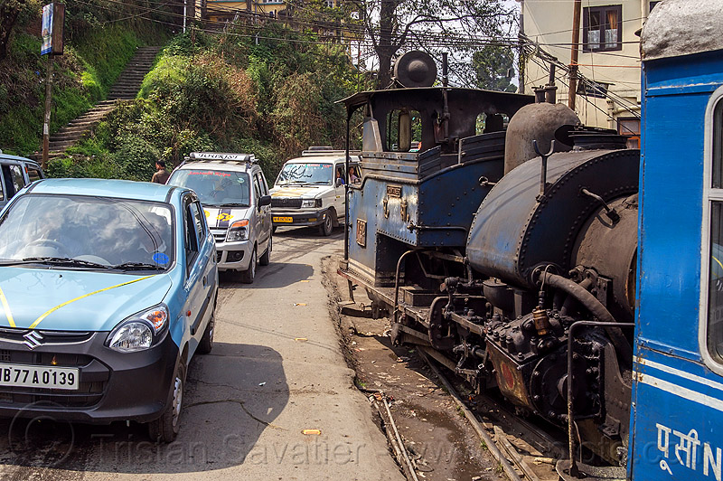 steam train sharing the road with cars - darjeeling (india), 782 mountaineer, cars, darjeeling himalayan railway, darjeeling toy train, india, narrow gauge, railroad, road, steam engine, steam locomotive, steam train engine, traffic
