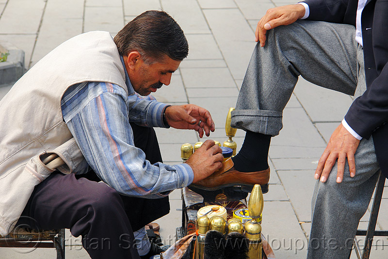 shoeshiner (turkey), erzurum, man, shining, shoe, shoeshiner, street market, street merchant, worker, working
