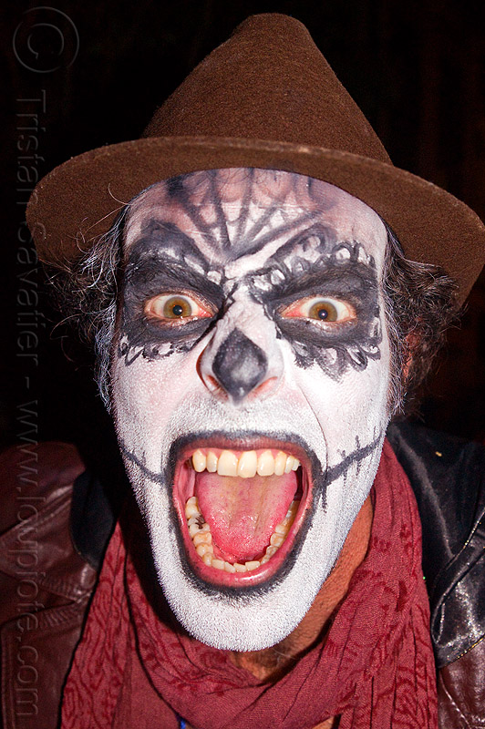 sugar skull makeup - screaming, brown hat, day of the dead, dia de los muertos, face painting, facepaint, halloween, man, mouth, night, red scarf, scream, screaming, sugar skull makeup, teeth