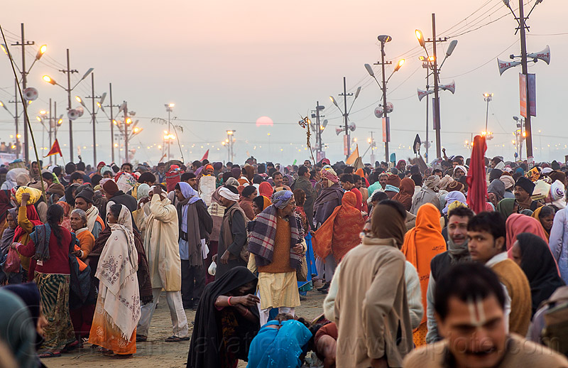 sunrise on kumbh maha snan morning - main bathing day - kumbh mela (india), crowd, dawn, hindu, hinduism, kumbh maha snan, kumbha mela, maha kumbh mela, mauni amavasya, sun, sunrise, triveni sangam