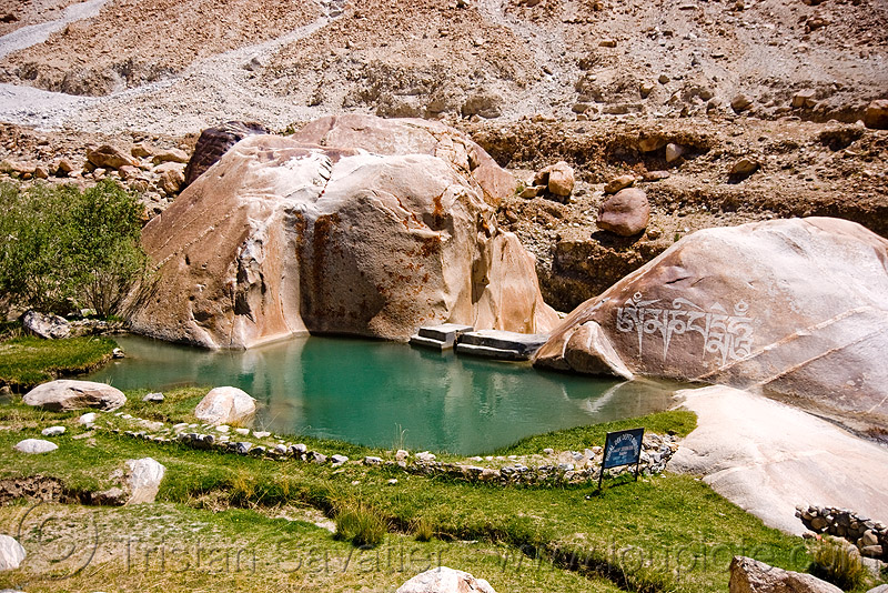 tangtse gompa (monastery) - road to pangong lake - ladakh (india), carved rock, gompa, ladakh, mani, pool, tangtse, tibetan monastery, water