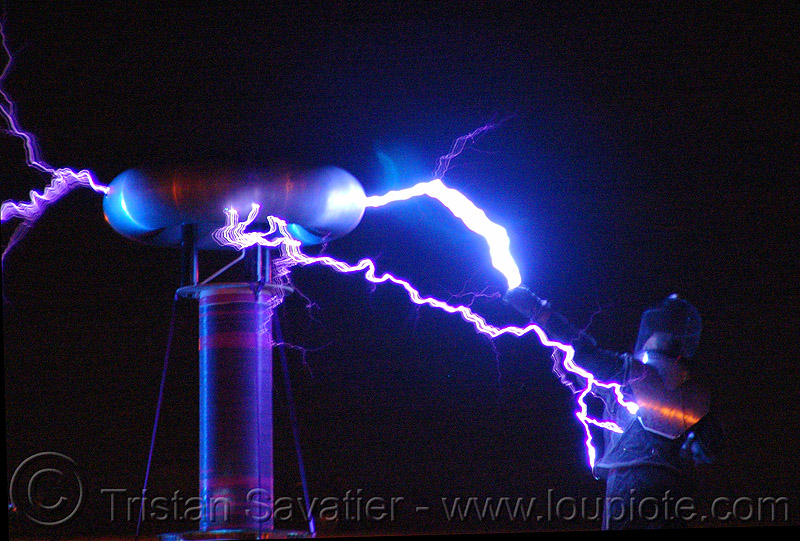 tesla coil discharge - fire arts festival at the crucible (oakland), danger, dr megavolt, electric arc, electric discharge, fire art, high voltage, lightnings, plasma filaments, static electricity, tesla coil