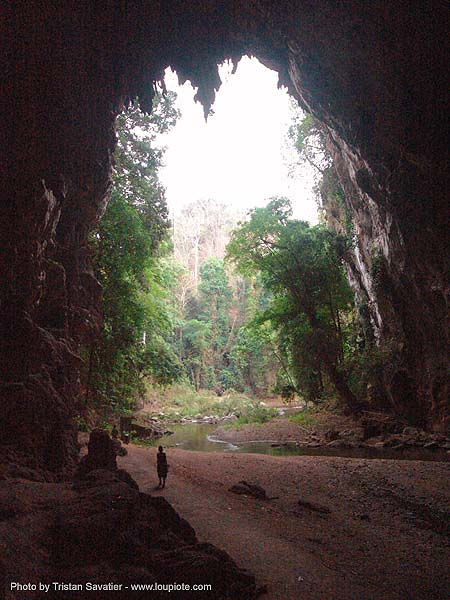 tham lot cave (tham lod) - thailand, cave formations, cave mouth, caving, concretions, natural cave, river cave, speleothems, spelunking, tham lod, tham lot, underground river, ประเทศไทย