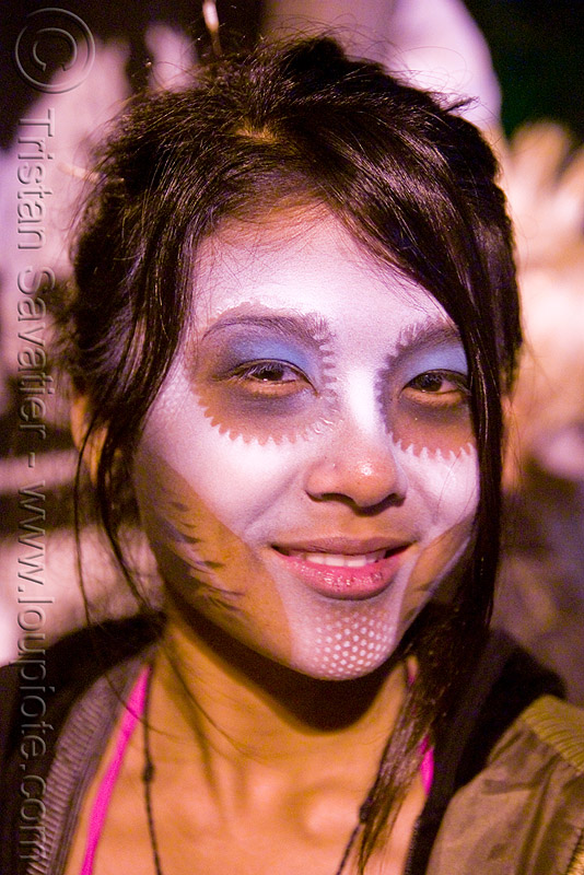 TJ from AK - girl with airbrush stencil face paint - dia de los muertos - halloween (san francisco), airbrush stencil, day of the dead, dia de los muertos, face painting, facepaint, halloween, makeup, night, tj from ak, woman