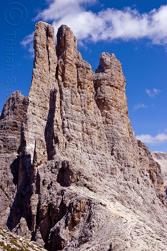 torri del vajolet - dolomites, abseiling, alps, cliff, climbers, climbing, dolomiti, mountain climbing, mountaineer, mountaineering, mountains, people, rappelling, rock climbing, summit, vertical