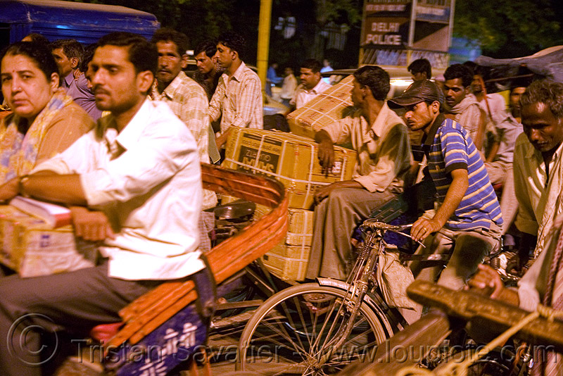 traffic jam - cycle rickshaws - delhi (india), cycle rickshaw, delhi, men, moving, night, pedicabs, rickshaws, street, traffic jam, tricycles, wallahs