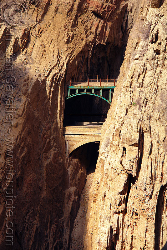 train bridge between two tunnels - el caminito del rey - el chorro gorge (spain), bridges, canyon, cliffs, desfiladero de los gaitanes, el caminito del rey, el camino del rey, el chorro, gorge, mountain, mountaineering, rail bridge, railroad bridge, railway