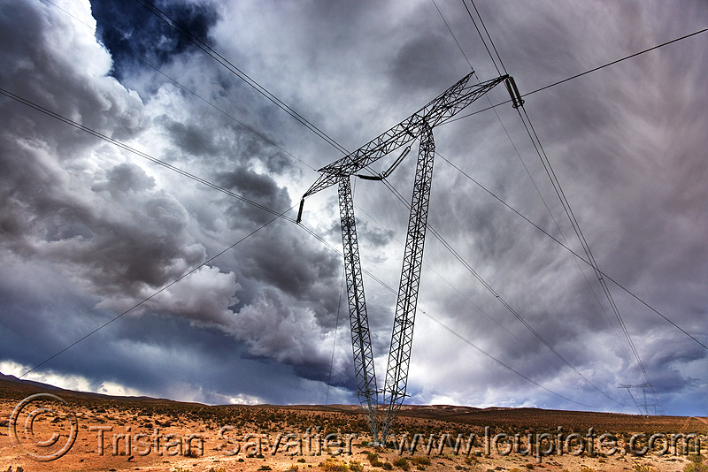transmission tower, abra el acay, acay pass, altiplano, clouds, cloudy, desert, electric line, electricity pylon, high voltage, noroeste argentino, power transmission lines, storm, stormy sky, transmission tower, wires