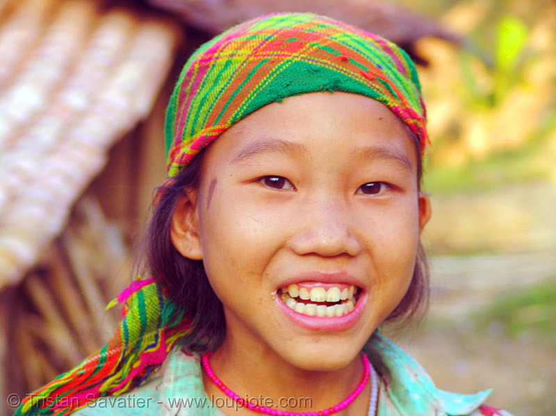 tribe girl - vietnam, child, colorful, green hmong, hill tribes, hmong tribe, indigenous, kid, teeth, vietnam