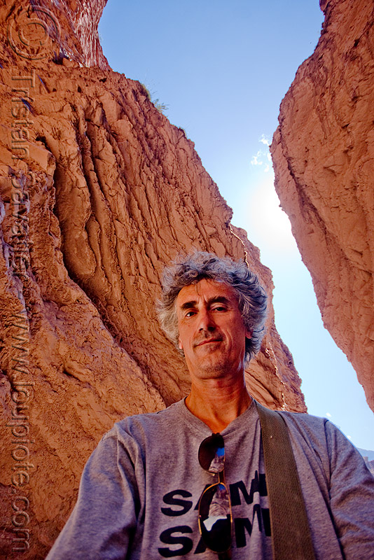 tristan savatier (me!) - slot canyon - quebrada de las conchas, near cafayate (argentina), calchaquí valley, cliffs, man, noroeste argentino, quebrada de cafayate, quebrada de las conchas, rock, self portrait, selfie, slot canyon, tristan savatier, valles calchaquíes