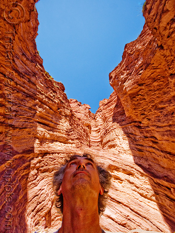 tristan savatier - quebrada de las conchas - cafayate (argentina), calchaquí valley, canyon, cliffs, man, noroeste argentino, people, quebrada de cafayate, rock, self portrait, selfie, valles calchaquíes