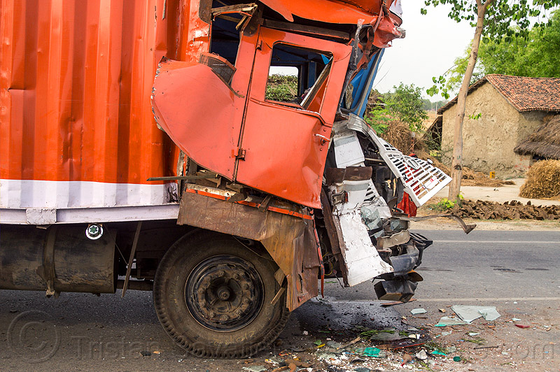 truck accident - frontal collision - crushed cab (india), cab, cabin, crashed, crushed, delhi gujarat fleet carrier, dgfc, frontal collision, head-on collision, lorry, road crash, tata motors, traffic accident, traffic crash, truck accident, wreck