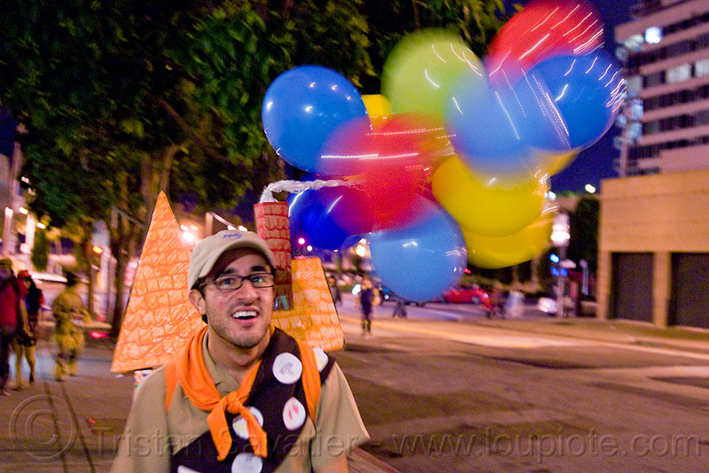 up (the movie) costume, balloons, costume, embarcadero, halloween, house, journey to the end of the night, justin herman plaza, man, pixar, russell, up the movie