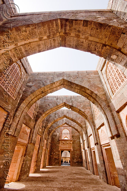 vaults in palace ruin - mandu (india), arches, architecture, building, mandav, mandu, ruins, stone, vaults