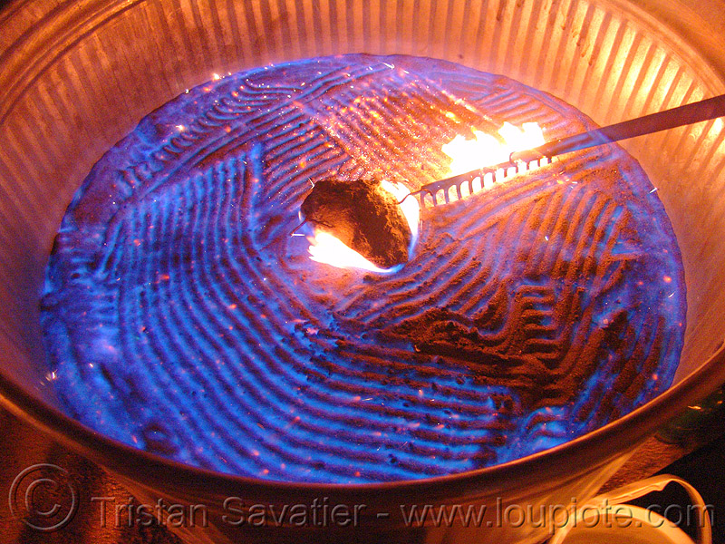 wally glenn's flaming zen garden - fire, burning, fire art, fire arts festival, flame, pyroboy, the crucible