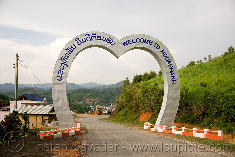 welcome to houaphanh - heart-shape gate (laos), monument