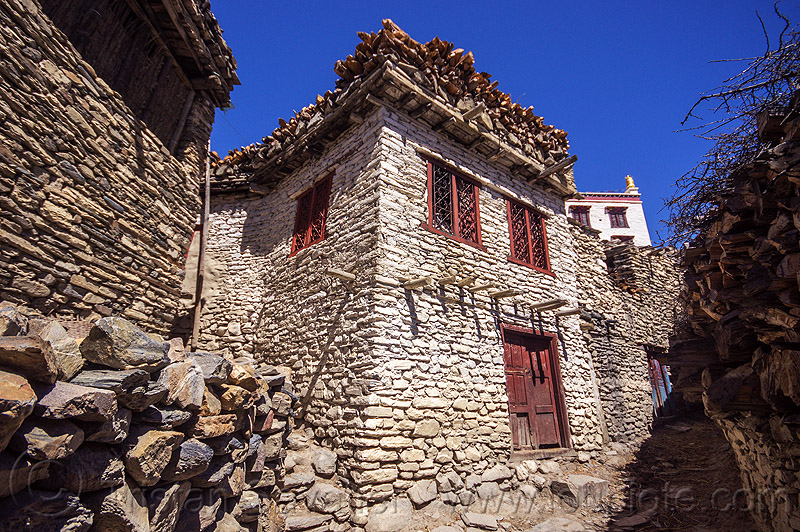 whitewashed stone house - marpha - himalayas (nepal), annapurnas, houses, kali gandaki valley, marpha, painted, street, village, white, whitewashed
