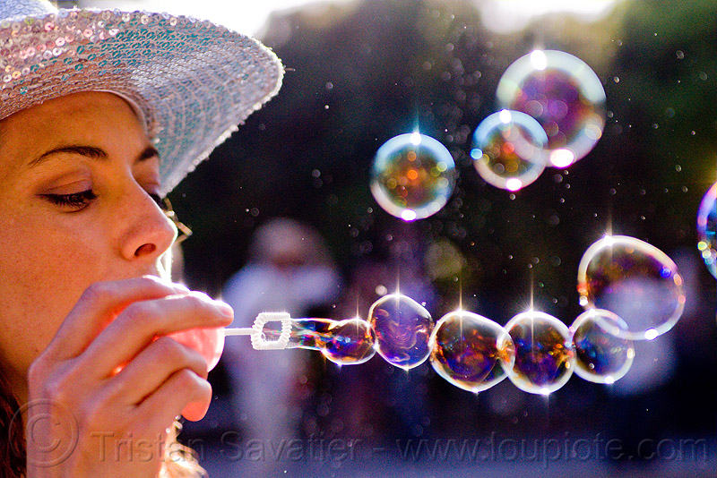 making bubbles, blowing, pople, soap bubbles, spring training, woman