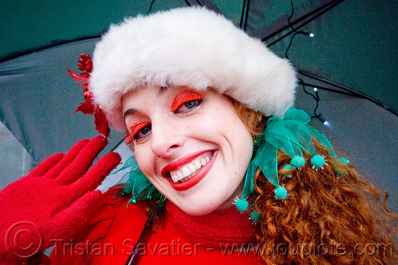woman in christmas costume - santacon 2009 - santa claus convention (san francisco), aliasgone, christmas, costume, green, red, santa claus, santacon, santarchy, santas, the triple crown, woman