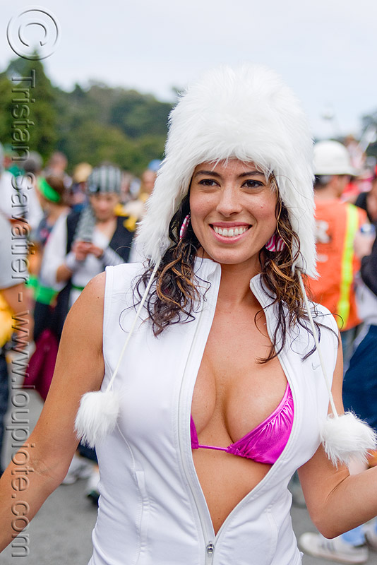 snow bunny, bay to breakers, cleavage, costume, festival, fluffy, footrace, fuzzy, hood, snow bunnies, street party, white, woman