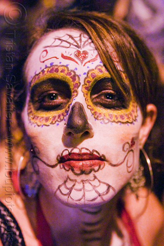 woman with skull makeup - Día de los muertos - halloween (san francisco), day of the dead, dia de los muertos, face painting, facepaint, night, people, sugar skull makeup