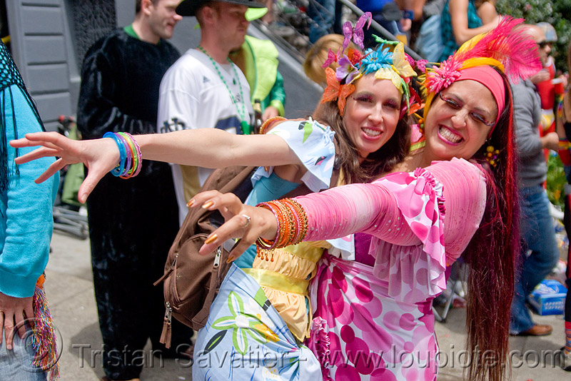 women in colorful costume - bay to breakers (san francisco), bay to breakers, costumes, festival, footrace, street party, two, woman