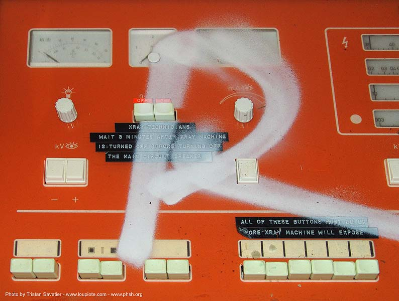 x-ray-machine-controls - abandoned hospital (presidio, san francisco) - phsh, abandoned building, abandoned hospital, decay, graffiti, presidio hospital, presidio landmark apartments, radiography, urban exploration, x-ray machine