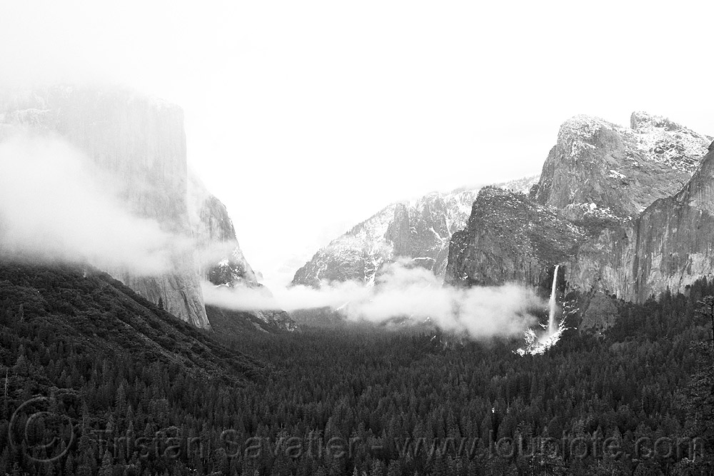 yosemite valley in the clouds, cliff, cloudy, falls, fog, mountains, water, waterfall, winter, yosemite national park