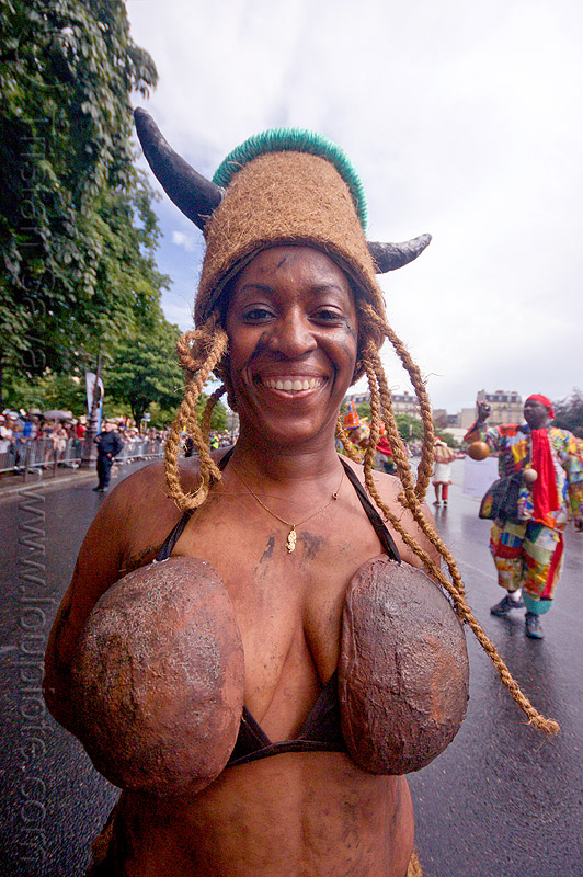 coconut bra, caribbean, carnaval tropical, carnival, choukaj, coconut bra, coconuts, costumes, creole, créole, festival, guadeloupe, hat, horns, indigenous culture, parade, paris, traditional, tribal, west indies, woman