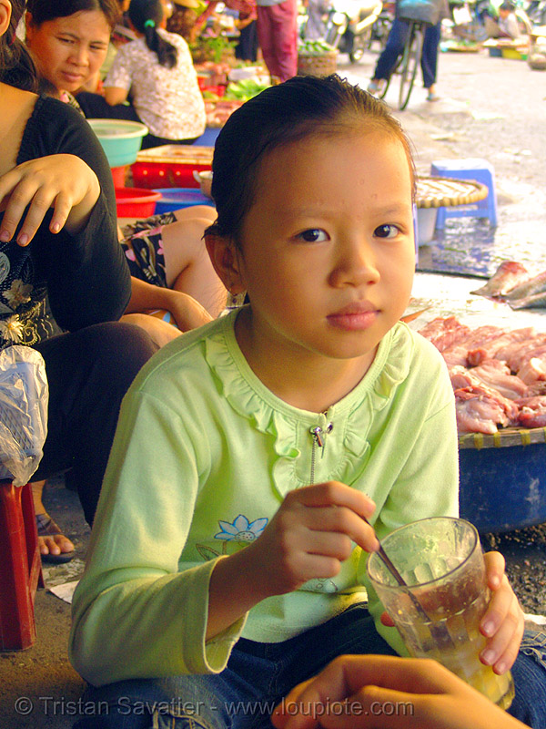 young girl at beverage stand - vietnam, child, hanoi, kid, little girl