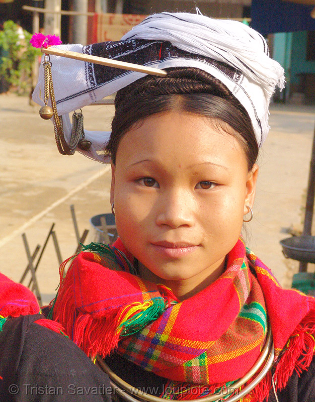 "young ""kim mun lantien sha"" dao/yao tribe woman wearing celestial crown headdress - vietnam, asian woman, bảo lạc, dao tribe, dzao, dzao tribe, headwear, hill tribes, indigenous, people, tribe girl, zao tribe"