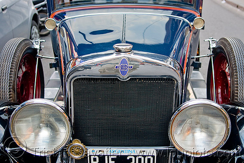1930 chevrolet AD universal - classic car, ad universal, antique, argentina, automobile, chevrolet, classic car, front, headlights, historical, jujuy capital, noroeste argentino, rjf 200, san salvador de jujuy