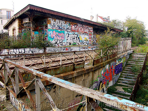 abandoned train station - petite ceinture - abandoned railway (paris, france), abandoned, graffiti, paris, petite ceinture, railroad, rails, railway, trespassing, urban exploration