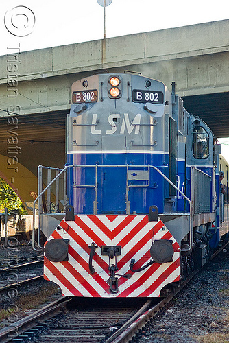 ALCO RSD-16 diesel electric train engine - locomotive, alco rsd-16, american locomotive company, b-802, buenos aires, commuter train, diesel electric, linea san martín, lsm, línea san martín, railroad, railway, train engine