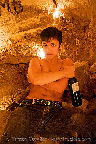 alyssa - catacombes de paris - catacombs of paris (off-limit area), androgynous, bottle, candles, cataphile, cave, new year's eve, new year's eve 2008, people, underground quarry, wine, woman