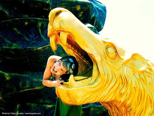 and-golden-lion - anke-rega, anke rega, cross-processed, dxpro, golden color, hindu, hinduism, lion, people, woman, ประเทศไทย