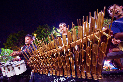 angklung musical instrument (java), bamboo, indonesia, jogja, malioboro, men, music, musical instrument, night, percussion, street band, yogyakarta