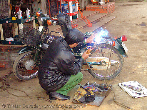 arc welding on a scooter - vietnam, arc welding, cao bang, cao bằng, fixing, man, motorbike, repairing, underbone motorcycle, welder, worker, working