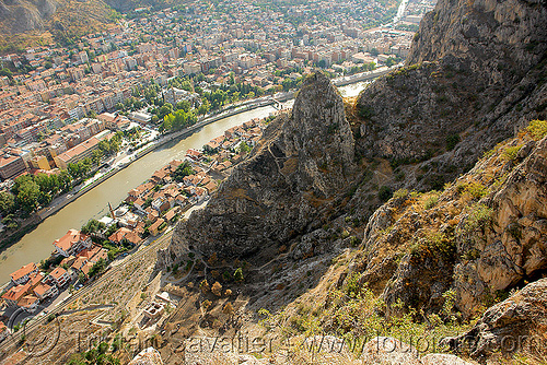 area of the mountain with the cilanbolu tunnels (amasya), amaseia, amasya, city, cityscape, mountain, river