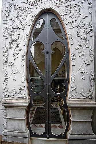 art nouveau tomb door - recoleta cemetery (buenos aires), art nouveau, buenos aires, door, grave, graveyard, jugendstil, recoleta cemetery, tomb