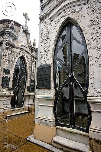 art nouveau tomb doors - recoleta cemetery (buenos aires), art nouveau, buenos aires, door, grave, graveyard, jugendstil, recoleta cemetery, tomb
