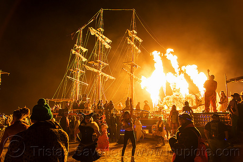 art ship monaco - burning man 2016, art ship monaco, burning man, el pulpo mecanico, fire, mutant vehicles, night of the burn, octopus art car, sculpture, steampunk octopus, tall ship