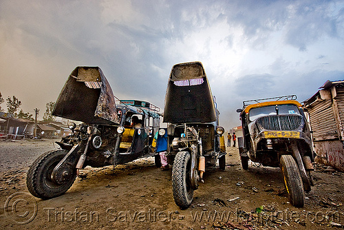 auto rickshaws - taxis - bajaj tempo hanseat (india), auto rickshaw, autorick, bajaj, hanseat, public transportation, rick, road, taxis, tempo, three wheeler, tricycle, trishaw, wallah