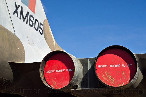 avro vulcan B-2 bomber, aircraft, army museum, avro, b-2, blue sky, bomber, castle air force base, castle air museum, cold war, exhaust covers, jet engines, military, plug, raf, rear, royal air force, vulcan, war plane, xm805