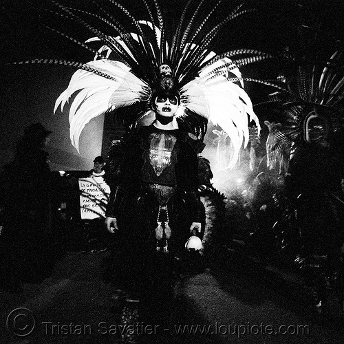 aztec dance group 'xolo, sacred dance' - dia de los muertos - halloween (san francisco) - teresa, aztec dancer, costumes, day of the dead, dia de los muertos, feathers, halloween, hat, makeup, night, p3200tmz, pushed, sacred dance, tmax, xolo