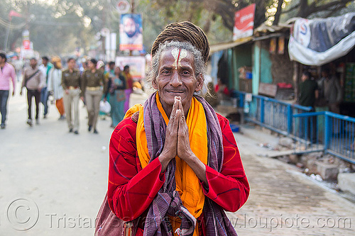 baba with dreadlocks, baba, daraganj, dreads, hindu, hinduism, kumbha mela, maha kumbh mela, man, pilgrim, sadhu, street, tilak, tilaka, yatri
