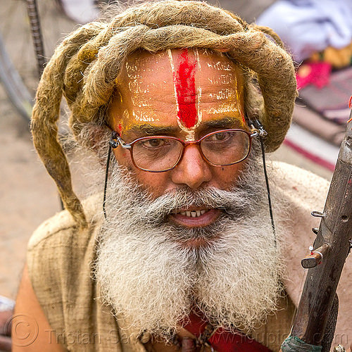baba with white split beard, dreadlocks and red tilaka (nepal), baba, dreads, festival, hindu, hinduism, kathmandu, maha shivaratri, man, pashupati, pashupatinath, sadhu, white beard
