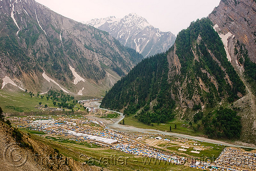 baltal - amarnath yatra (pilgrimage) - kashmir, mountain trail, mountains, pilgrims, trekking, yatris, अमरनाथ गुफा