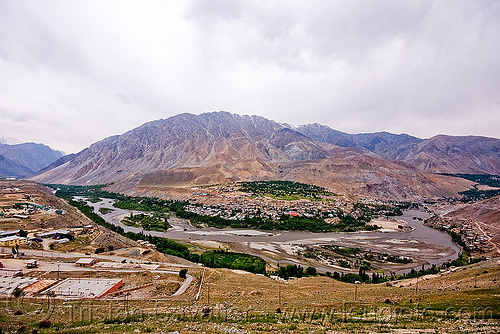 baroo colony - near kargil - leh to srinagar road - kashmir, baroo, india, kargil, kashmir, mountains, river bed, valley