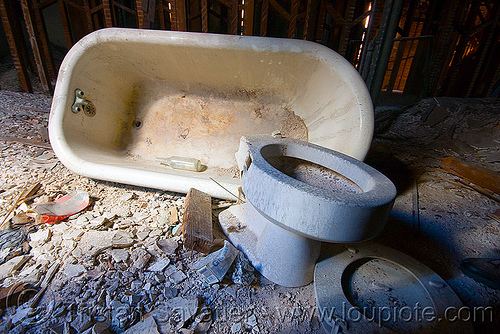 bath tub and toilet bowl in abandoned building, abandoned, bath tub, defenestration building, toilet bowl, urban exploration